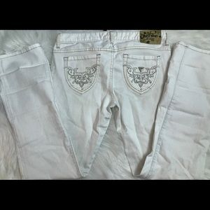 Ladies white guess jeans
